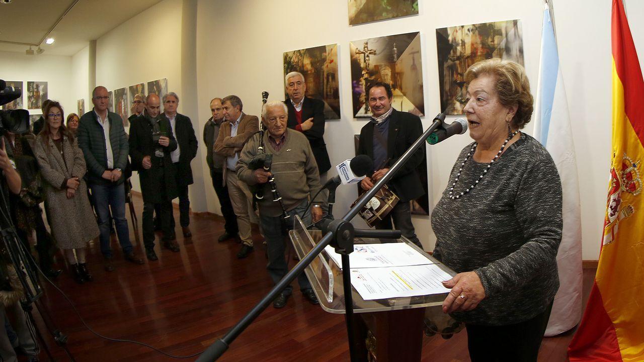 Inauguración de la exposición en homenaje a Castelao en el Museo do Gravado