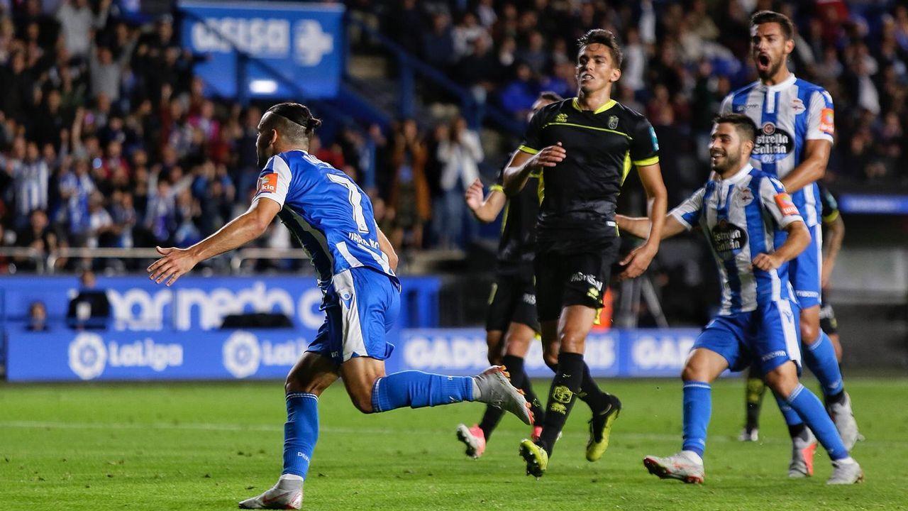 Quique marcó los dos goles de la victoria sobre el líder Granada, el primero de penalti