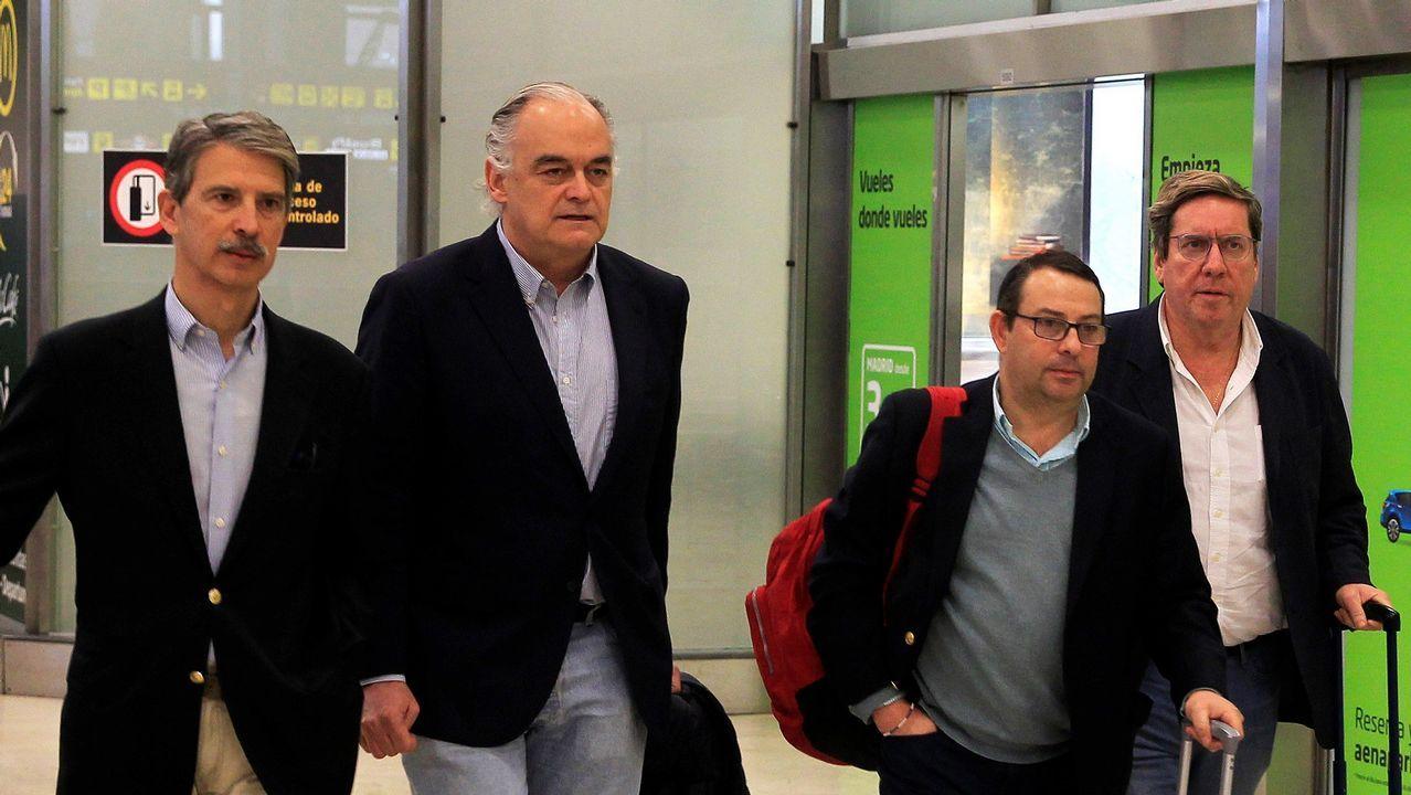 Gonzalez Pons sobre su expulsión de Venezuela: «¿Íbamos a dejar de ir porque un  bandido  dijera que iba a impedir nuestra entrada?».El Parlamento Europeo ha hecho público un estudio en base a las encuestas realizadas en los países de la UE de cara a las elecciones europeas del 26 de mayo