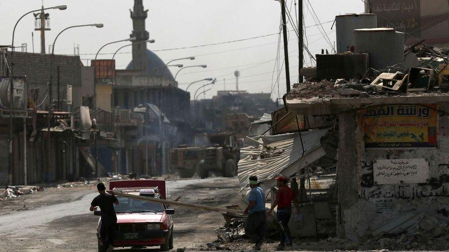 Tras la toma de Mosul, un defensor del capitalismo habla sobre su imperialismo. «Ubi solitudinem faciunt, pacem apellant» (siembran desolación, y le llaman paz). Afp_20170713_194614280
