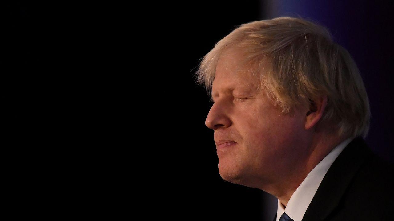 May retrasa la votación sobre el acuerdo del Brexit para evitar una derrota