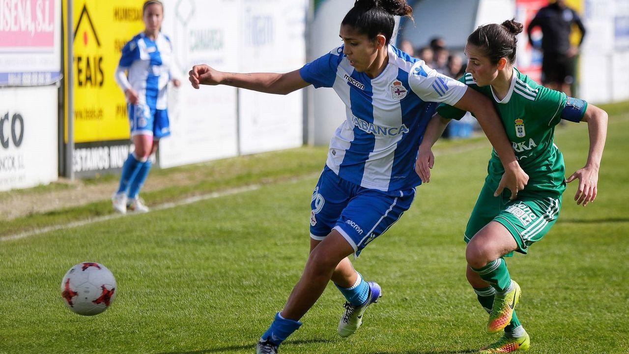 Real Oviedo Femenino.María Méndez con el Real Oviedo