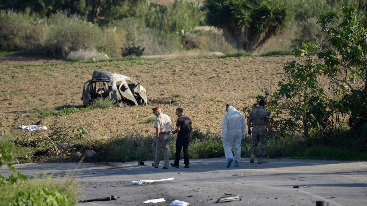 .El coche de la periodista explotó cerca de su hogar en Bidnija, Malta.