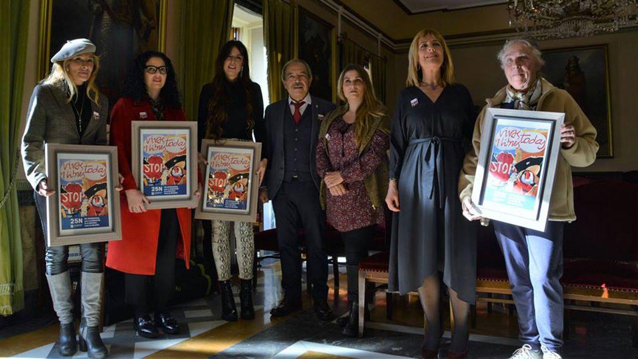 Sania fidalgo, Vanesa Guitérrez, Marisa Valle Roso, Wenceslao López, Mabel Lanvadera y Marisa Ponga