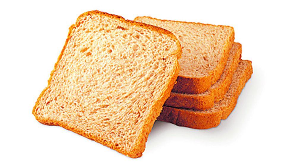 Pan de molde integral. Es el más recomendable, ya que pueden ingerirse hasta tres rebanadas.