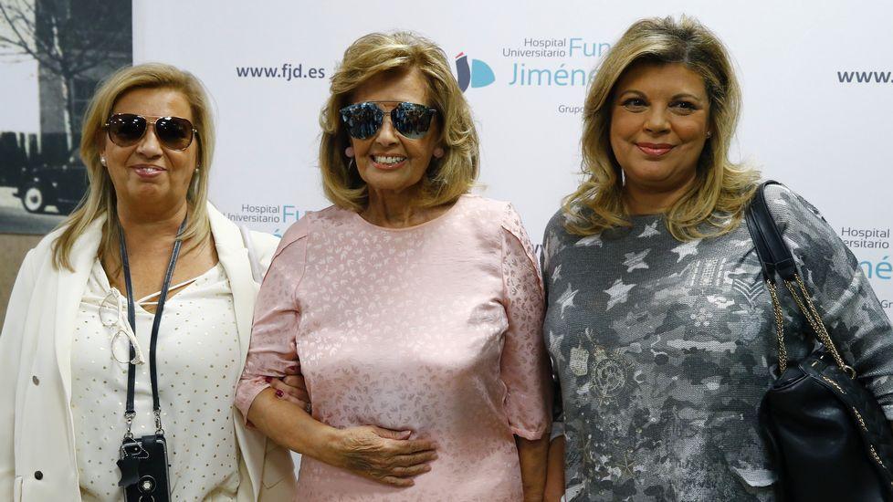 María Teresa Campos recibe el alta con una sonrisa