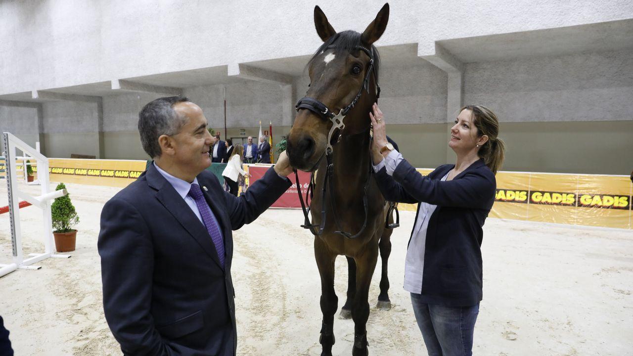 Duelo a caballo entre Lara Méndez y Ramón Carballo.