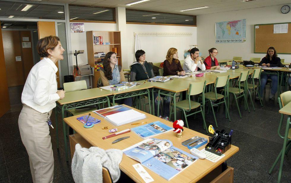 El PSOE y el BNG siguen reclamando una nueva sede para la Escola Oficial de Idiomas.