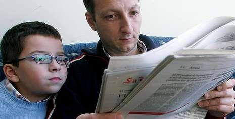 Cando xa saben ler, os nenos poden comentar os títulos ou as noticias
