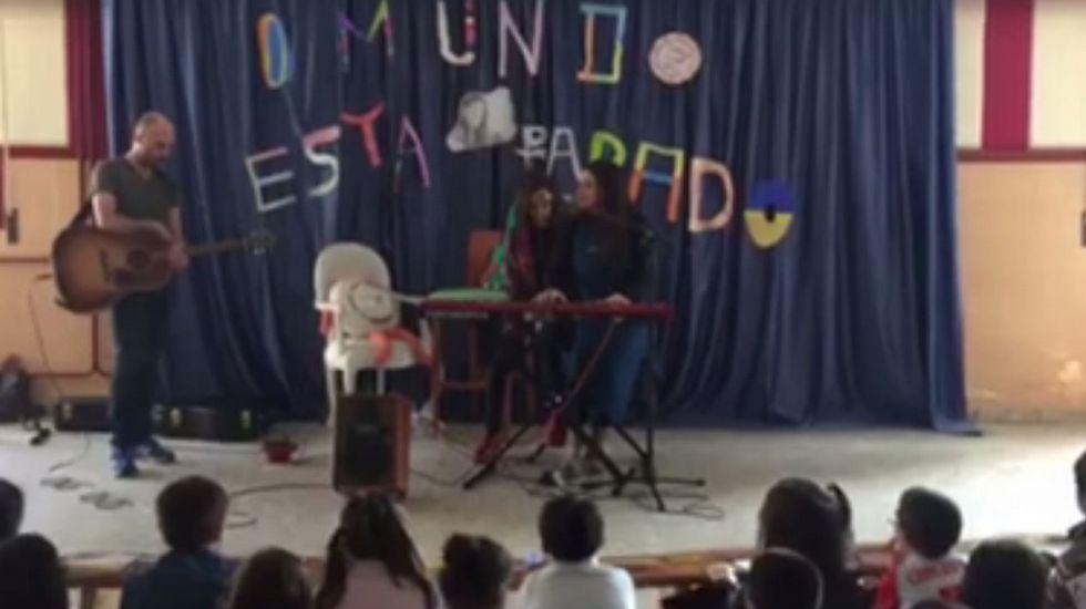 .Guadi Galego actuando en el Salgado Torres