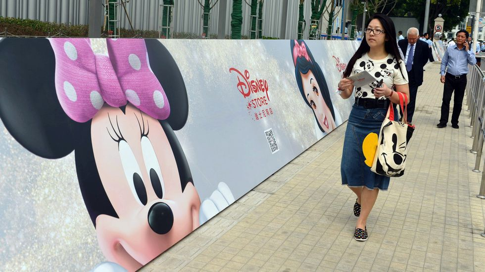 Disney abre su tercer parque temático en Shangái