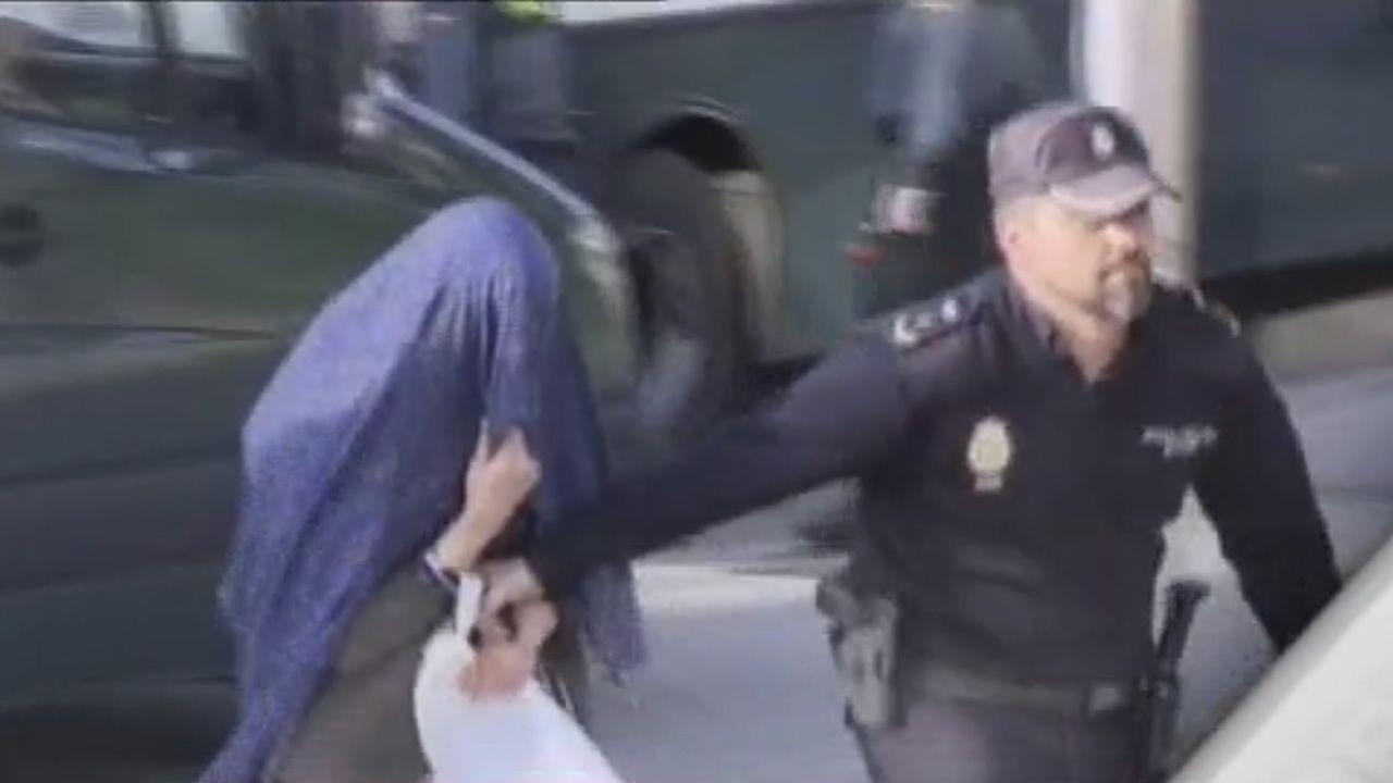 El robo de toneladas de hachís entre narcos armados deriva en una guerra con el Estado.Varela, ayer, entrando en la Audiencia Provincial de Madrid