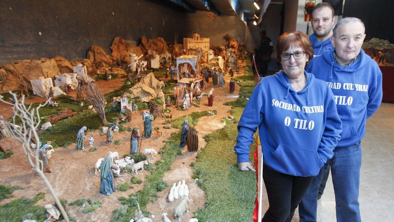 O Tilo (Ares). Con 70 metros cuadrados de superficie, el Belén de la Asociación O Tilo es uno de los más grandes de la comarca. Cuenta con más de doscientas figuritas (29 de ellas móviles).