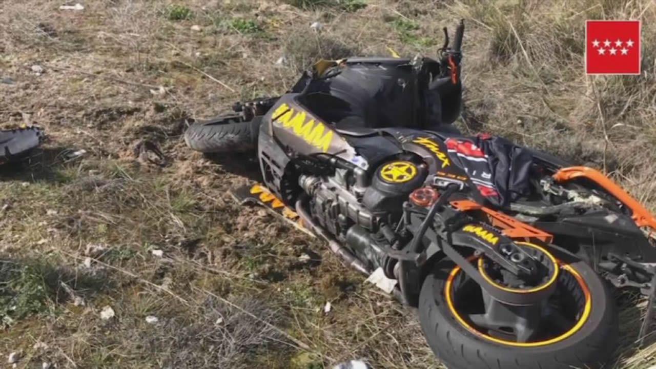 Un muerto tras un accidente de dos motos de gran cilindrada.