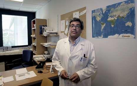 .Menos del 1 % de quienes viajan tienen algún problema de salud serio, afirma José Miguel Fernández.