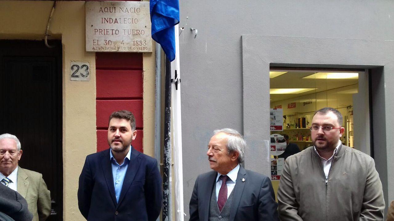 Jonás Fernández, Wenceslao López y Adrián Barbón