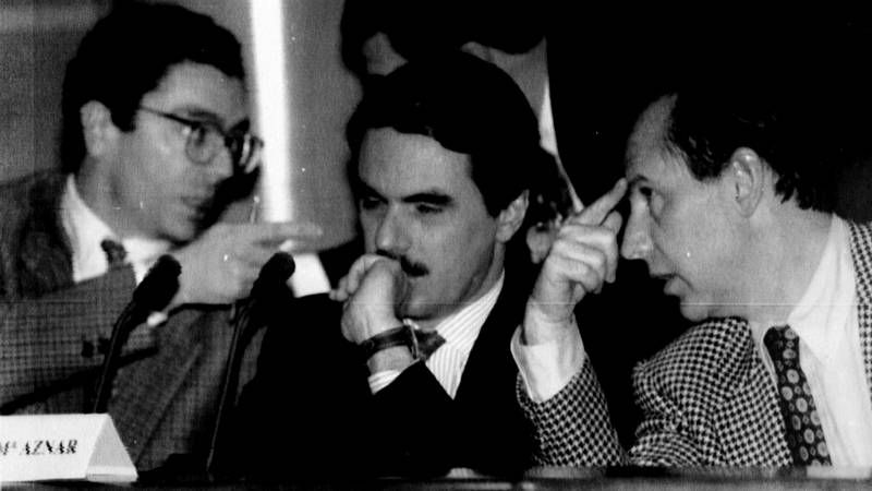 El recorrido de Gallardón, en imágenes.Margallo, ayer en su comparecencia en el Senado.