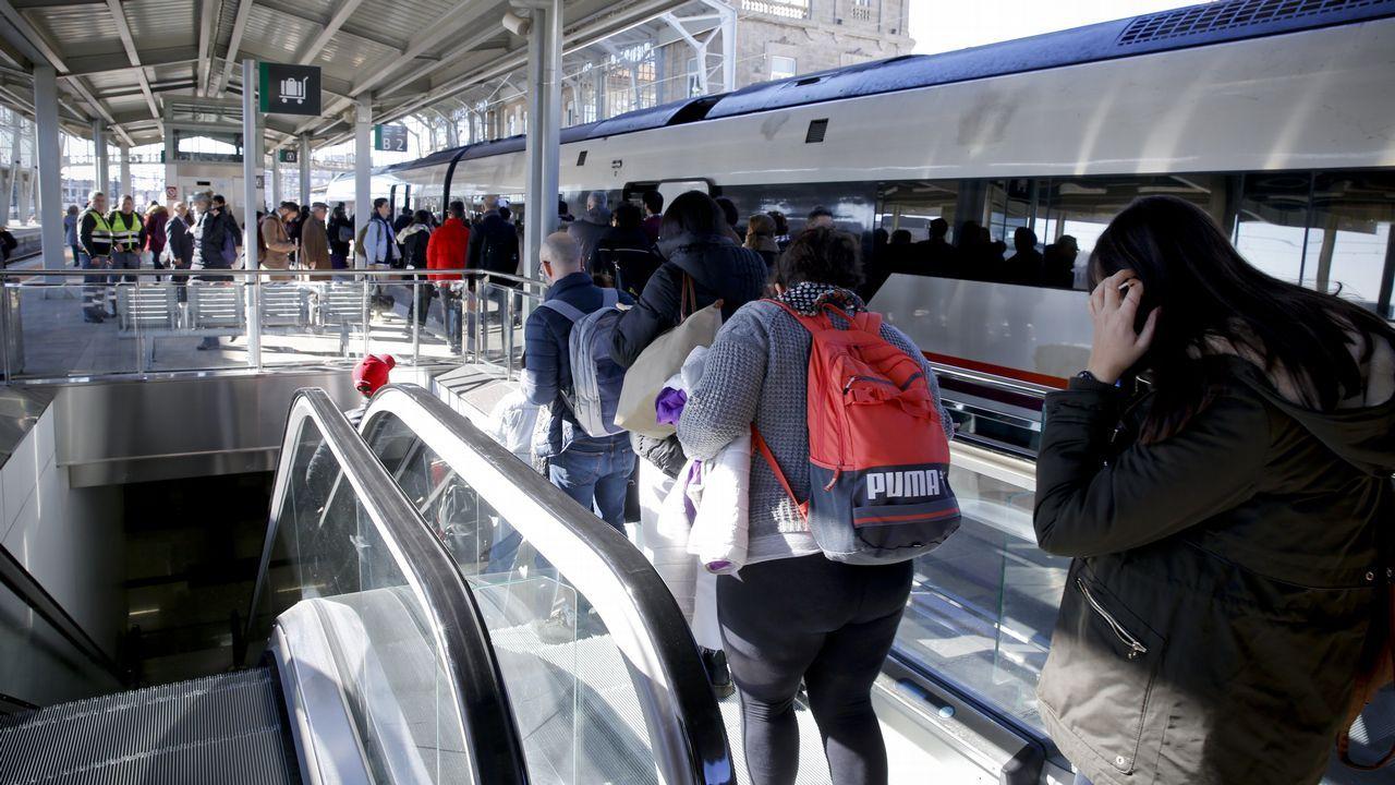 La estación se asoma con frío al siglo XXI.Los servicios del 112 tienen actualmente su sede en A Estrada