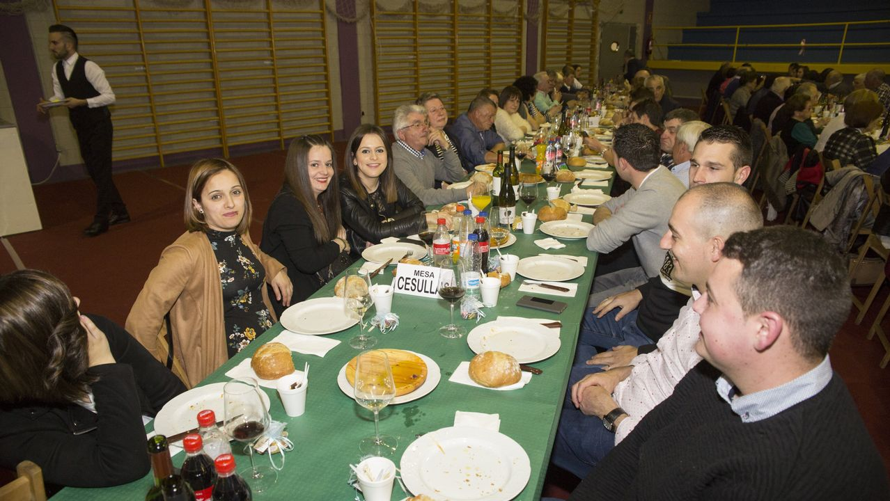 ¡Búscate en la cena contra el cáncer de Cabana! Más de 70 fotos.