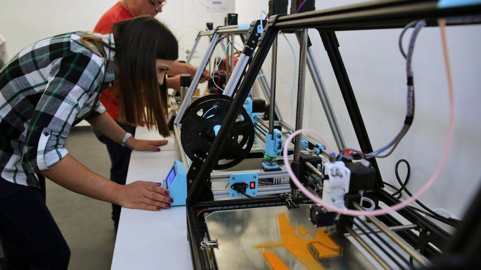 La robótica forma parte de las llamadas, por sus siglas en inglés, disciplinas STEM (ciencia, tecnología, ingeniería y matemáticas), en las que la presencia de la mujer es cada día mayor
