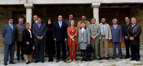 El CIS, que presidía Rilova (último a la derecha), fue presentado en el año 2003.