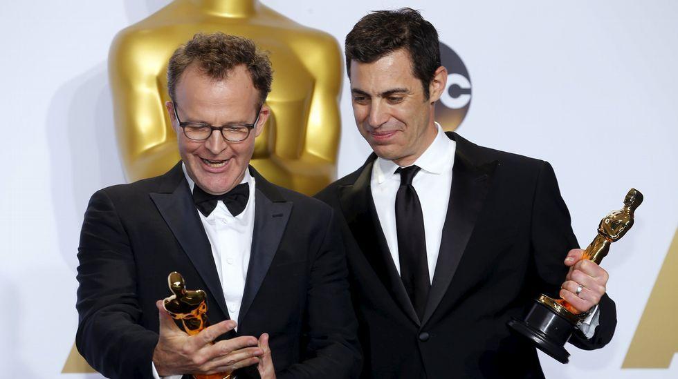 Tom McCarthy y Josh Singer, ganadores al Oscar a mejor película por «Spotlight»