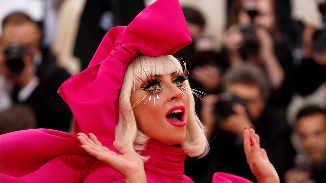 El estriptis de Lady Gaga, la cabeza de Jared Leto y otras extravaganciasde la gala MET.Carlota Barrera en la entrega de premios