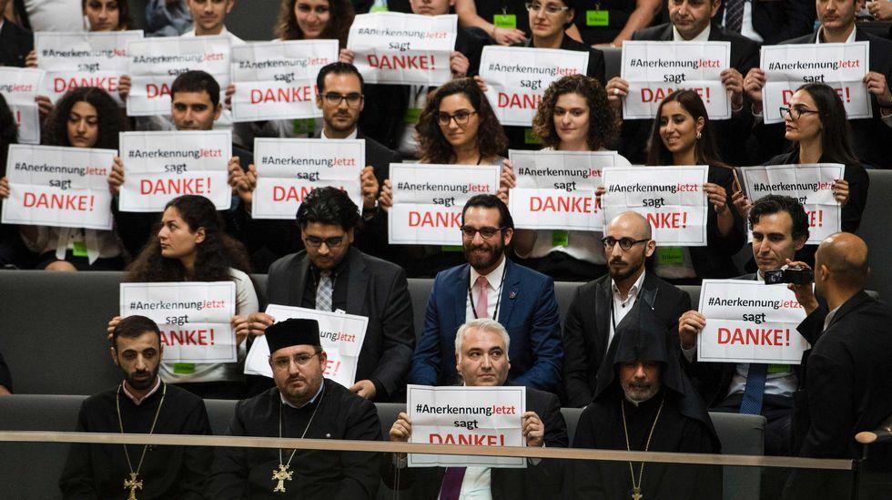 Cien años de la batalla de Somme, en imágenes.Armenios en la tribuna del Bundestag agradecen a los parlamentarios alemanes la resolución