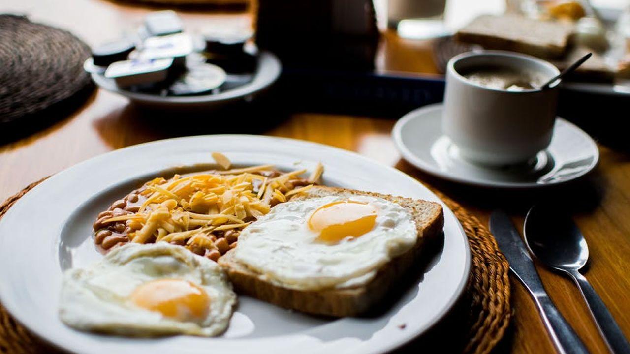 Saltarse el desayuno compromete la salud de las arterias.Luis de Guindos