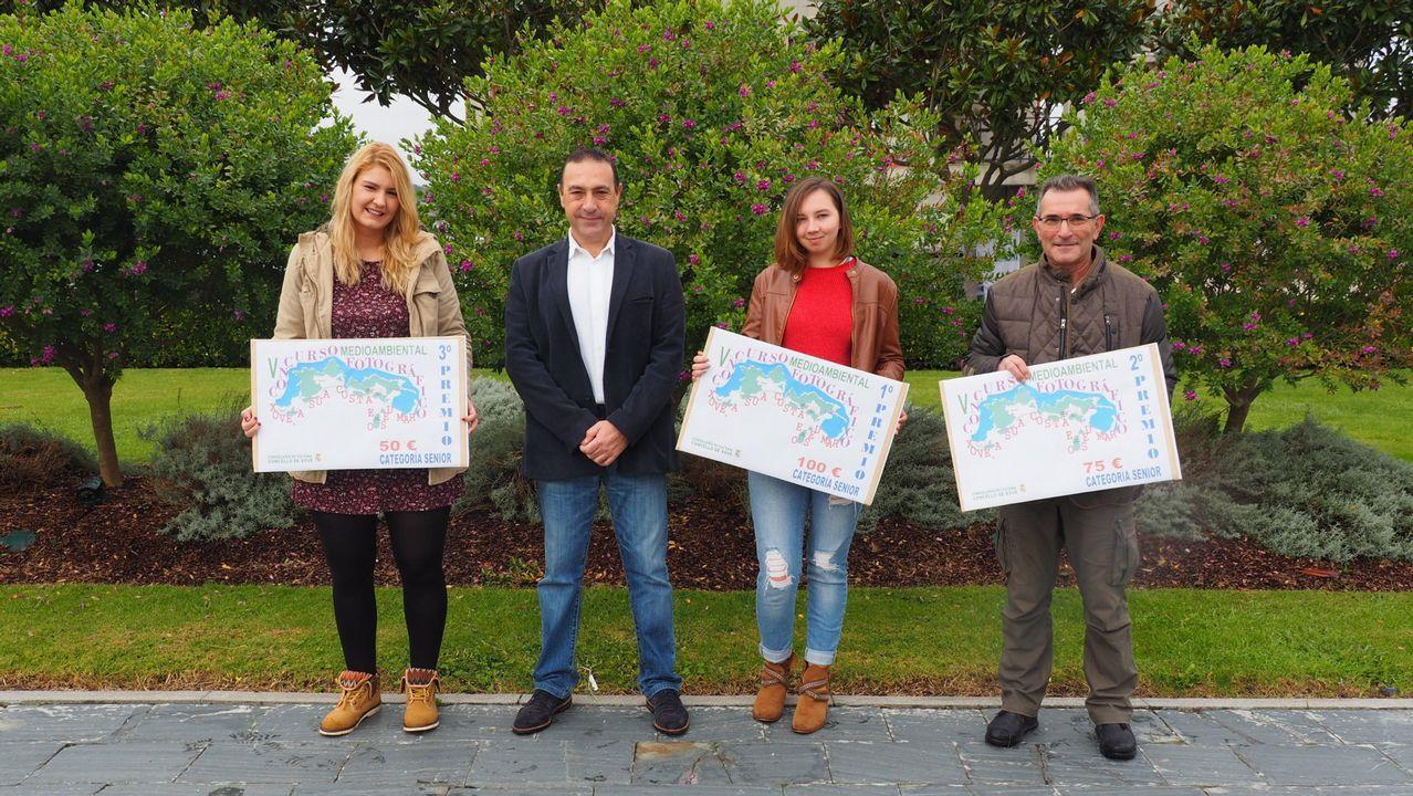 inicio campaña marisquera en Ribeira,