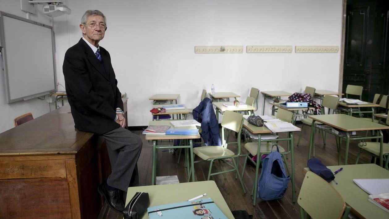 Pita fue vicepresidente segundo en O Hórreo justo antes de regresar a las aulas en A Coruña