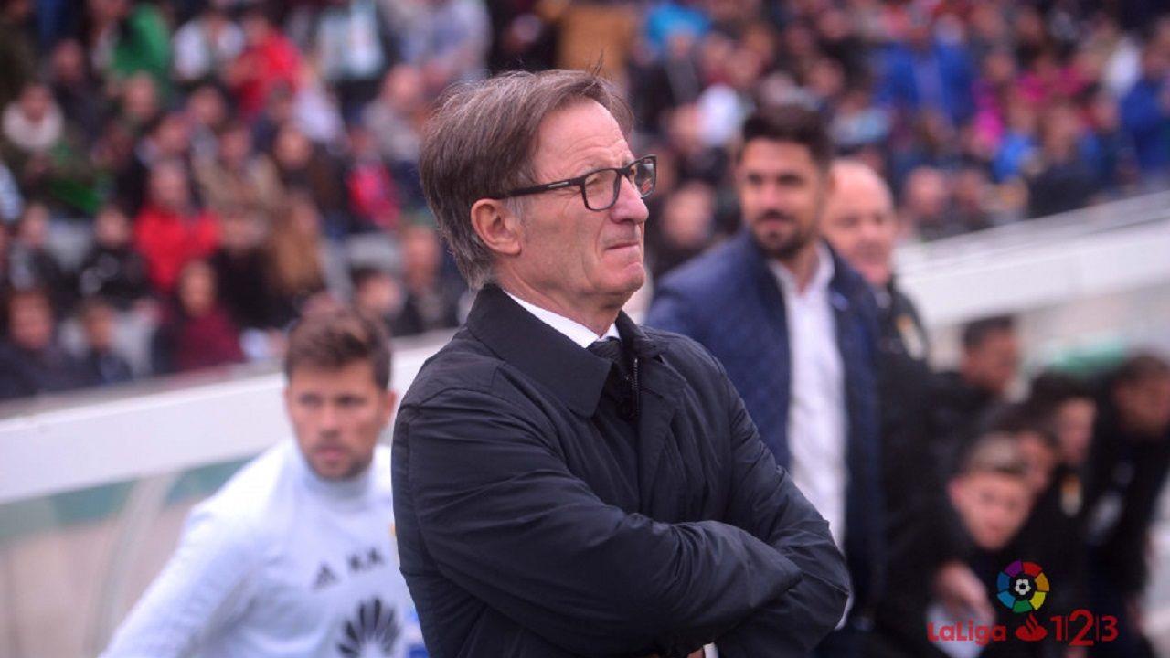 Anquela Cordoba Real Oviedo.Anquela, antes del Cordoba - Real Oviedo