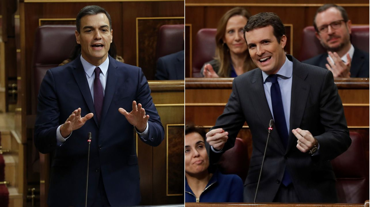 La última sesión de control se convierte en el primer debate electoral.El líder de Ciudadanos, Albert Rivera, gesticula durante el debate. Se preguntó donde estaba Rajoy al principio de la sesión ya que el popular apareció poco antes de las diez y media.