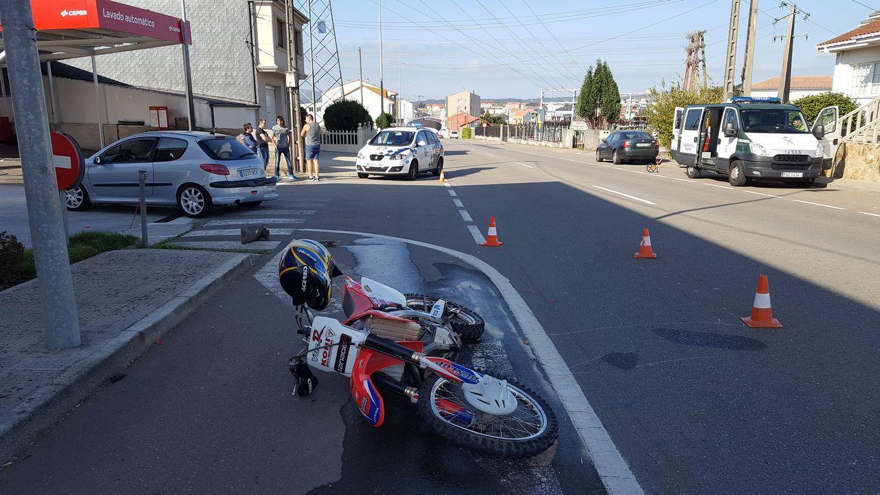 Papanoeles en moto por las calles de Vigo