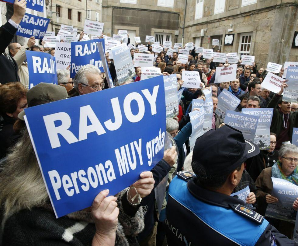 El pleno en el que se declaró persona non grata a Rajoy fue, con diferencia, el más tenso del año.
