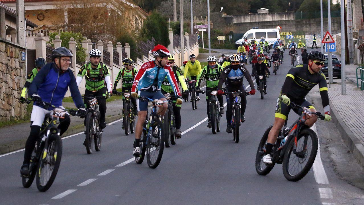 ¡Búscate en nuestro álbum de la Ruta BTT de Nadal en Ribeira de 2018!.La Ronda Norte sigue aumento su volumen de circulación de vehículos