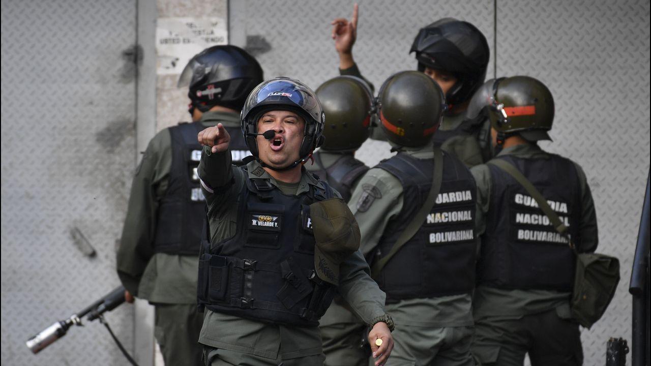 Un grupo de miembros de la Fuerza Armada Nacional Bolivariana en Cotiza
