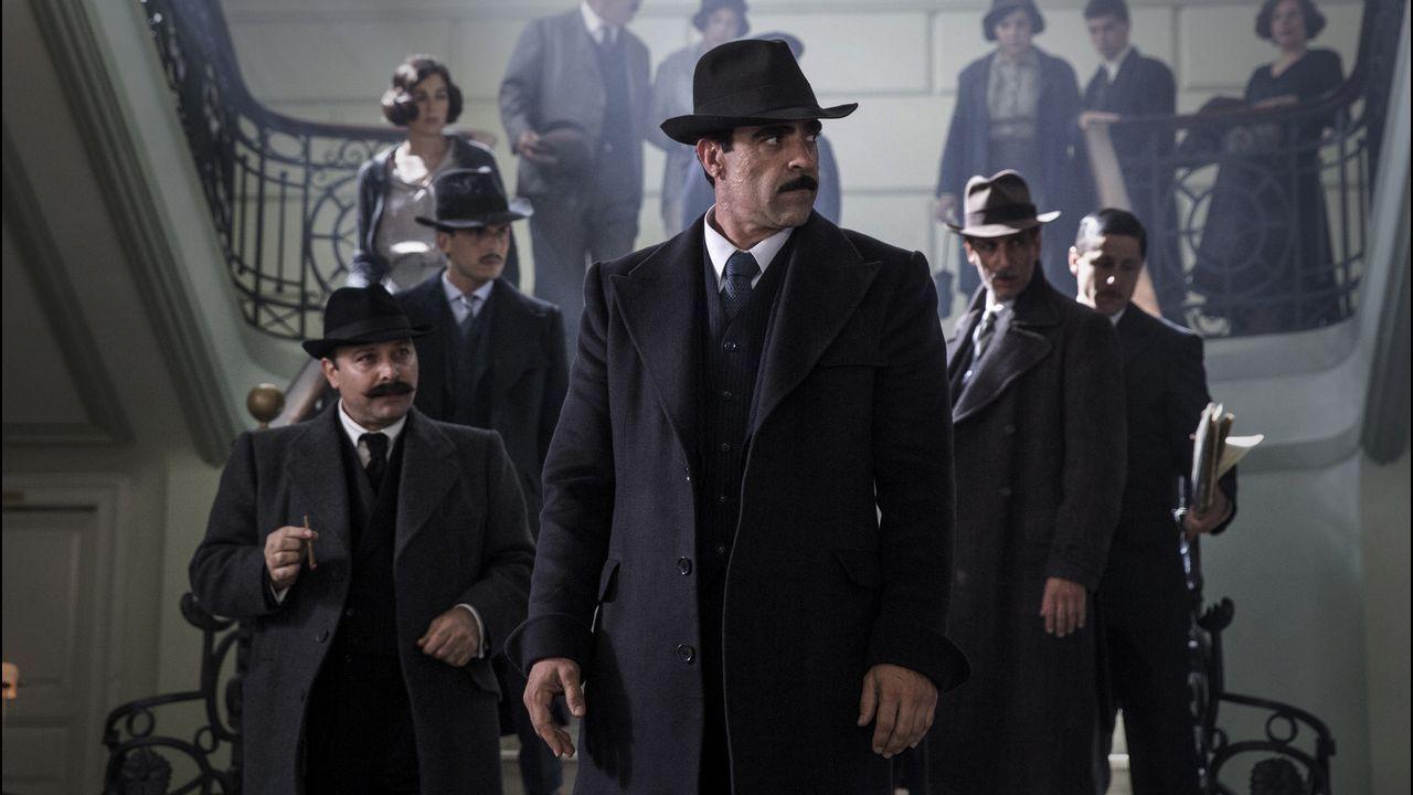 El actor lucense Luis Tosar encarna en «La sombra de la ley» a un peculiar policía