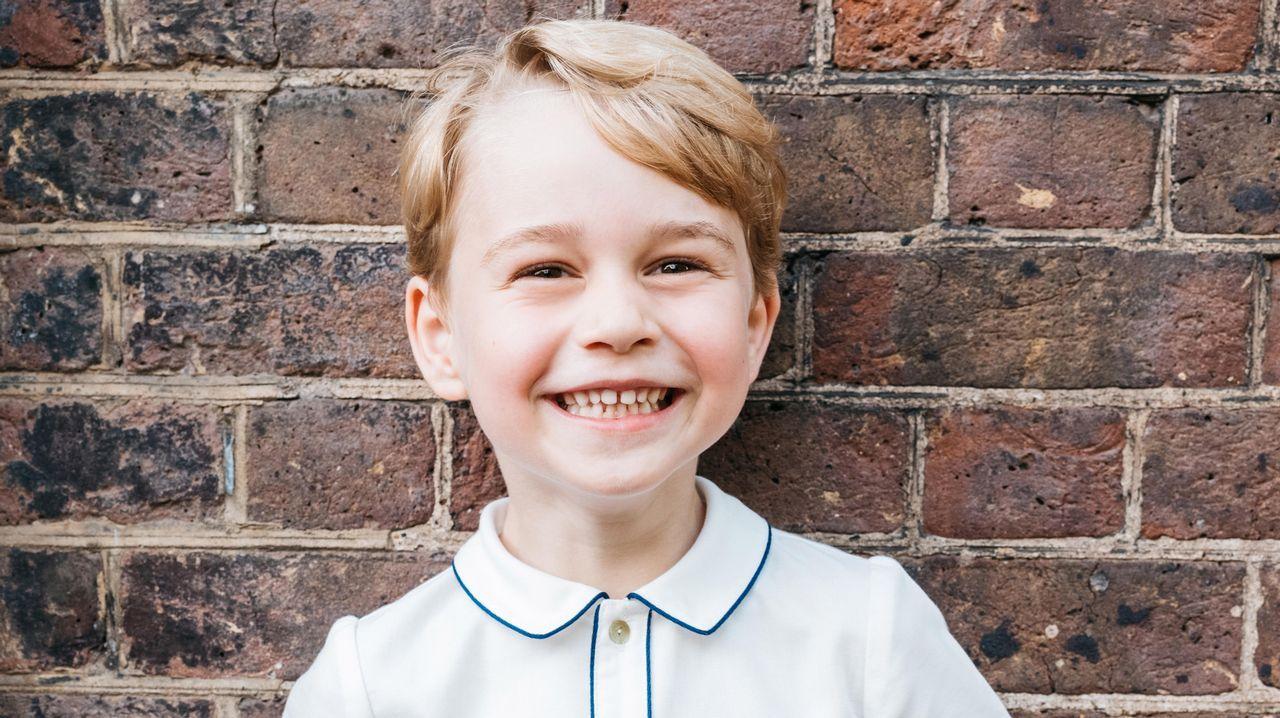 El príncipe George cumple cinco años.La princesa Eugenia de York se casa el próximo 12 de octubre