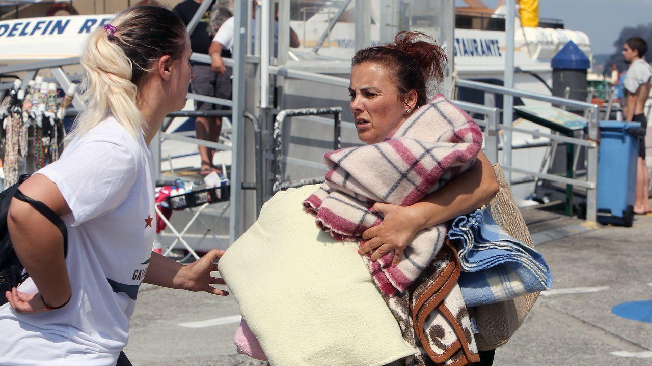 Vecinos y hosteleros llevaron mantas para atender a los heridos