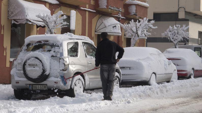 Copiosas nevadas en las últimas horas.Nieve en A Fonsagrada