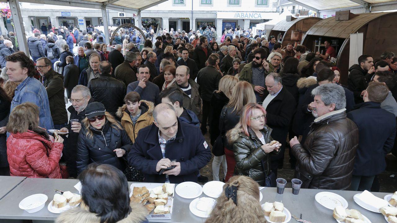 La fiesta gastronómica de Portomarín atrajo a numerosos visitantes