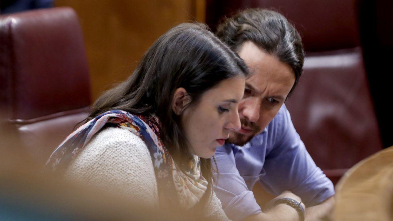 Iglesias reconoce que una baja participación en la consulta sobre su continuidad también les obligaría a dimitir.El presidente del Gobierno, Pedro Sánchez, al comienzo de la entrevista que concedió a TVE el 18 de junio