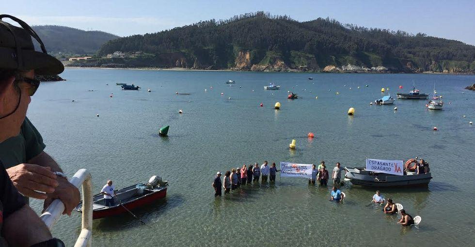 Las nuevas piscinas quieren ser un gancho para miles de peregrinos que cada día pasan frnte al complejo del Monte do Gozo
