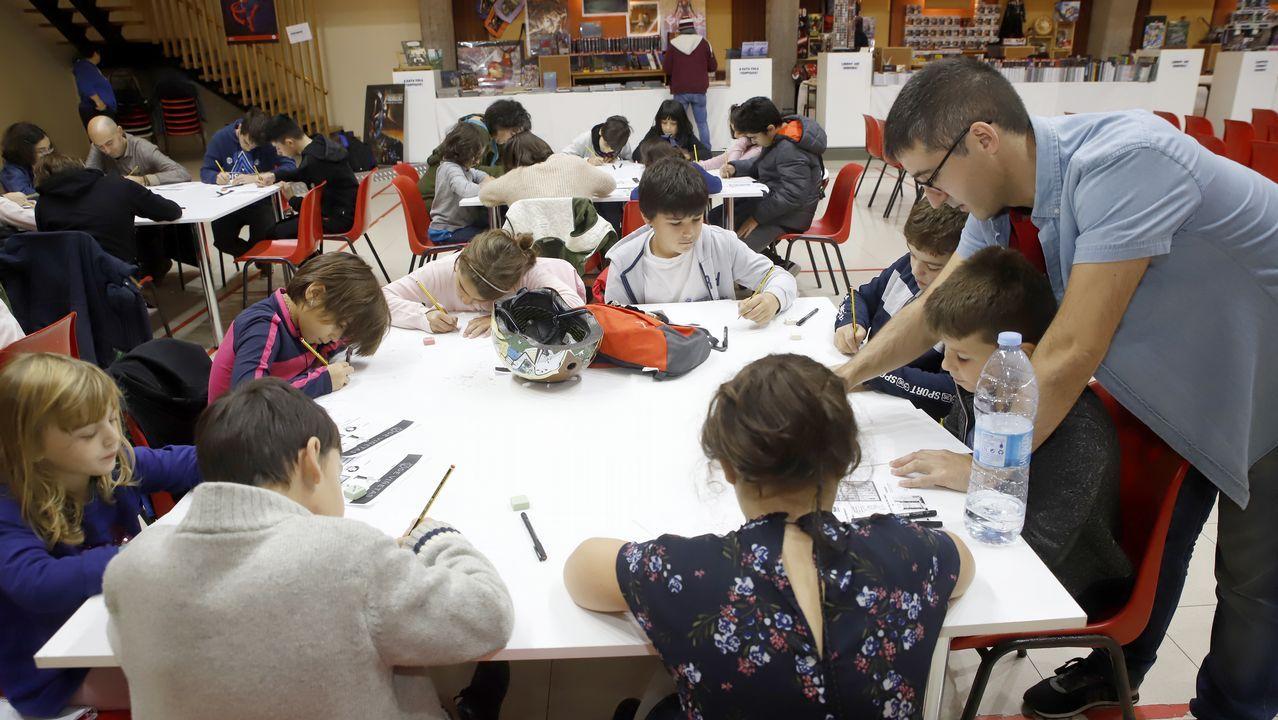 Latexos repasa el arte gallego desde finales del XIX.Acabar muy tarde las actividades extraescolares tiene efectos negativos sobre el sueño