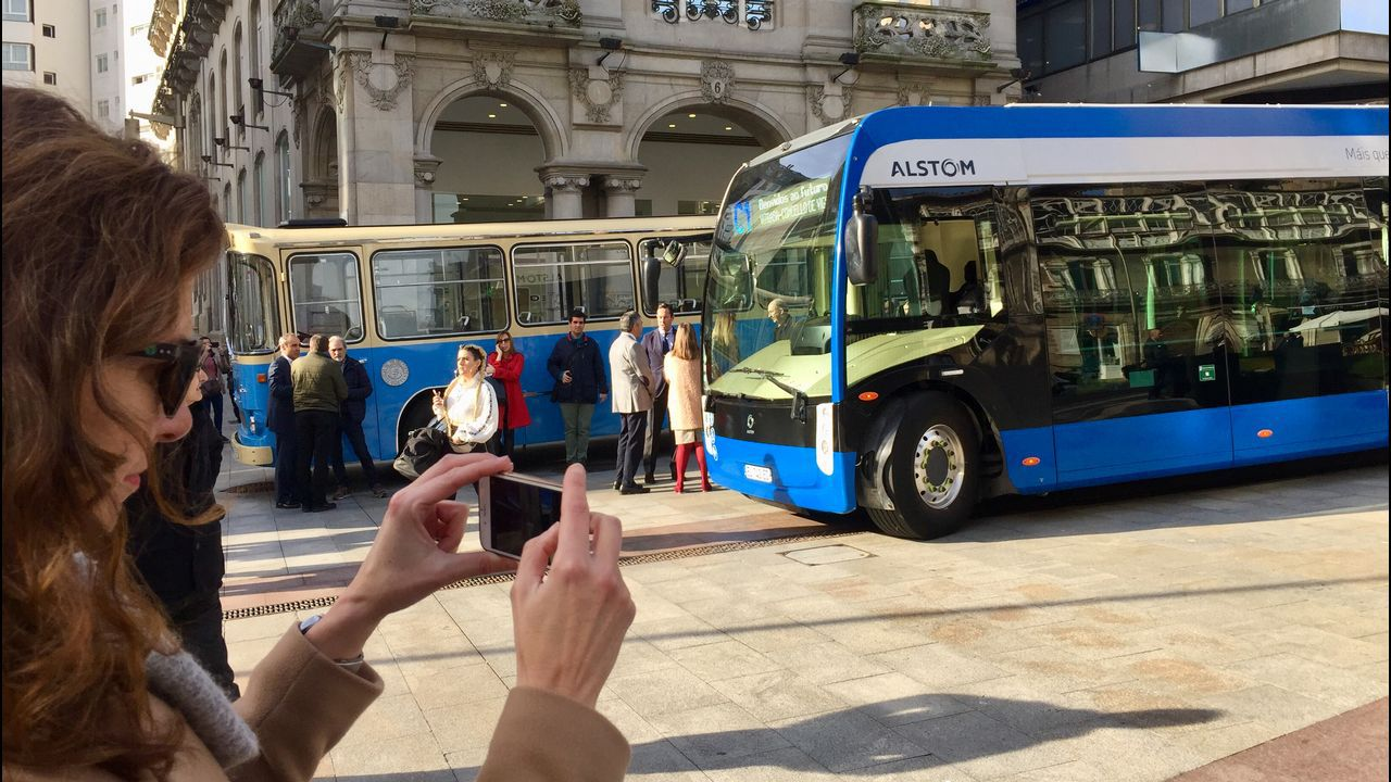 Presentación de un innovador bus eléctrico que circulará en pruebas por Vigo