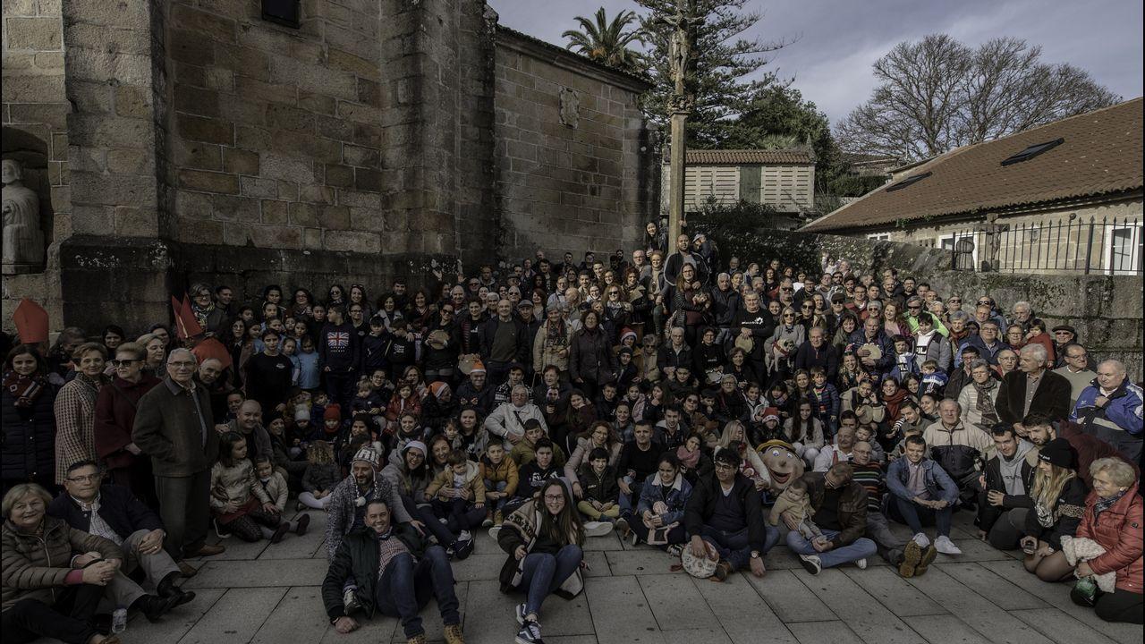 Comida solidaria de Navidad en la Alameda.El cocinero asturiano José Andrés