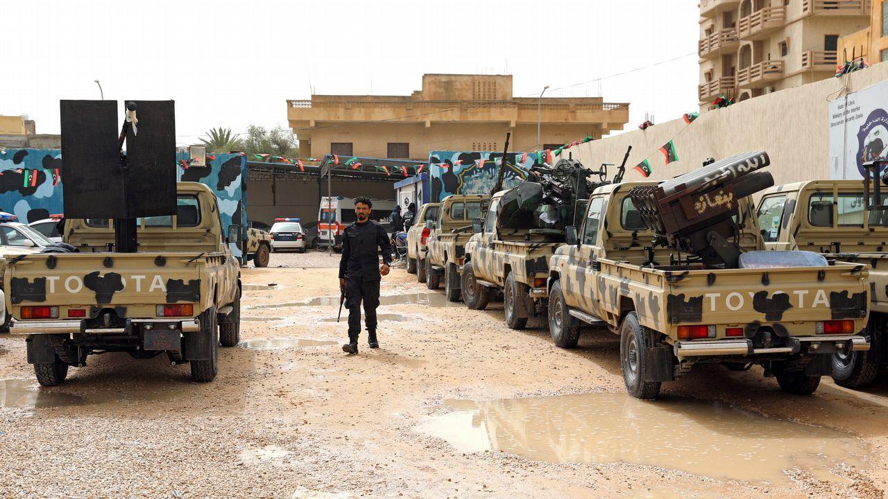 Exposición de Playmobil en Siero.Fuerzas del Gobierno libio apoyado por la ONU verifica los vehículos militares confiscados de las tropas verifican los vehículos incautados a las tropas del general Haftar