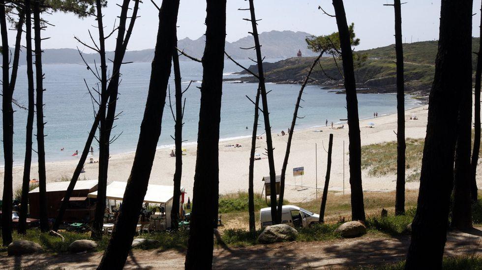 Cangas. Playa de Melide
