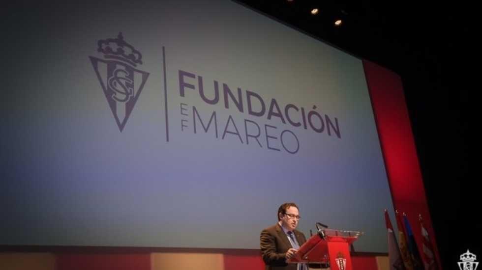 Mossa Sergio Alvarez Real Oviedo Sporting derbi Carlos Tartiere.Fundación Sporting